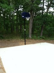 Wisconsin Dells cabin photo - 20x20 basketball court
