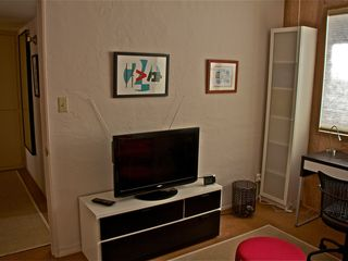 Tucson condo photo - Large TV in den has local channells and video streaming channells thru Wi Fi