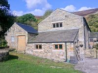 THE STABLES, family friendly, with a garden in Edale, Ref 19357