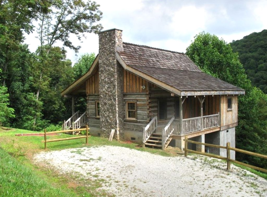 Newly Built Authentic Log Cabin In The Blue Vrbo
