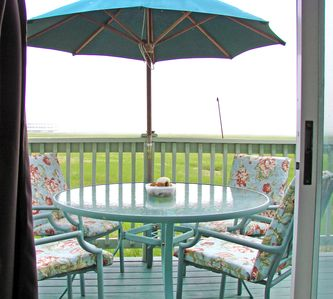 your back deck - past renters love their coffee on the deck