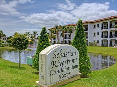 Entrance to Sebastian Riverfront Resort.
