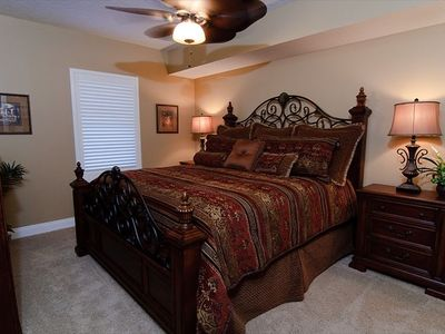 Third Bedroom, King Bed, Separate Bath, 32 Inch Flat Screen TV, Ceiling Fan