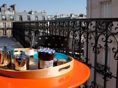 5th Arrondissement Latin Quarter townhome rental - Your private balcony with an Eiffel Tower View - You can access the balcony on 2 sides of the apartment. From the living room, kitchen, bedroom and bathroom.