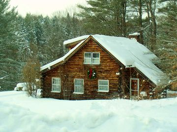 Stowe cabin rental - cabin in winter