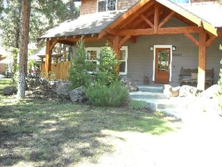 Bend house photo - The Campbell Cabin-A perfect family retreat with 4 Bedrooms, sleeps 8 easily.
