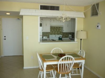Tradewinds condo rental - Dining room