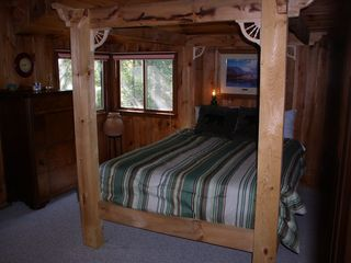 North Conway cabin photo - Main floor queen