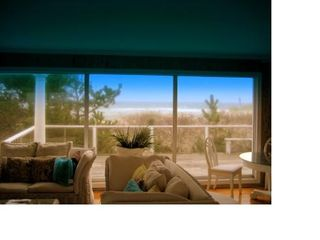 Quogue house photo - .