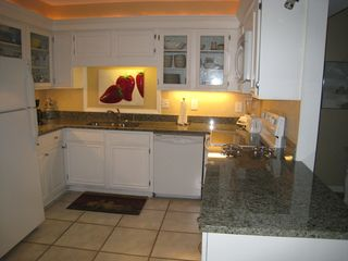 Chateau La Mer condo photo - Remodeled Kitchen Granite Countertops