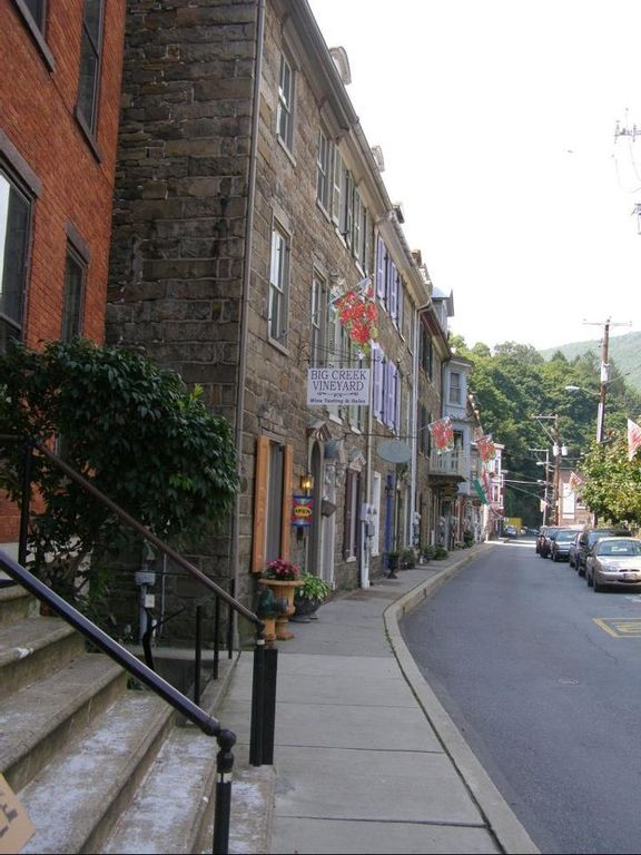 Shops in Jim Thorpe, PA