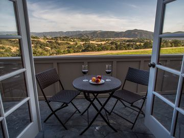 Solvang house rental - Sip the wine, savor the view!