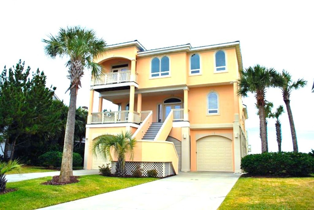 6 Bdrm Oceanfront Beach House W Pool Hot Vrbo