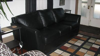 Suite - Queen-size sofa sleeper in the den