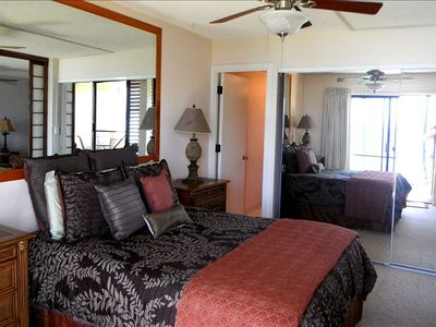 Maalaea condo rental - Master Bedroom ~ Queen size bed with private bathroom