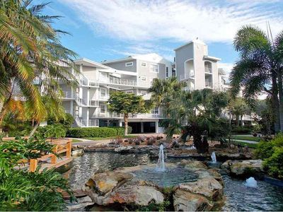Luxurious penthouse with Gulf and golf course views!