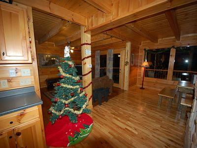 Christas Tree in the Cabin