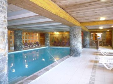 Les Arcs 1800: Apartment high standing,on ski slopes,swimming pool, steam bath and saunaLuxury Apartment