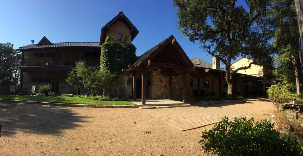 Lake Travis Luxury Waterfront Lodge with private boat dock on 7 Acres