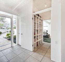 Hollywood house photo - guest room view/media library