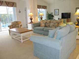 Glenbrook Resort villa photo - Family room