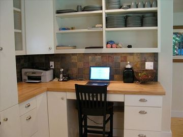 Work station in kitchen area - if work you must :-(