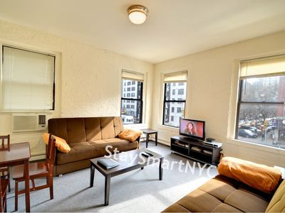 Gramercy Park apartment rental - Living Room