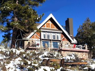 Big Bear Lake chalet photo - Sitting at the TOP of the mountain, on a dead end cul-de-sac, 360* views = peace