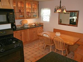 Catalina Island house photo - Fully updated separate dining area just off the kitchen