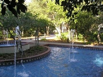 Fountains line the walking paths throughout the resort and to the beach.