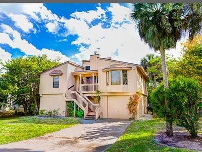 Only 300 Yards to The Gulf of Mexico! Villa Mare