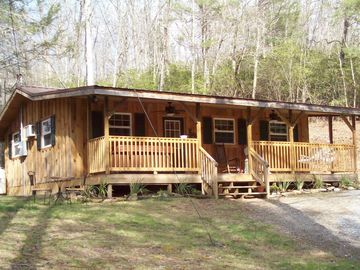 Bat Cave cabin rental