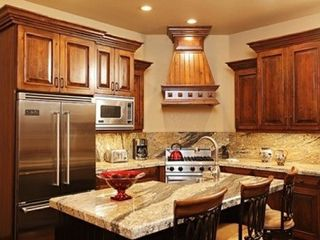 The Canyons townhome photo - gourmet Viking kitchen with large sink and tall gooseneck faucet in the island.