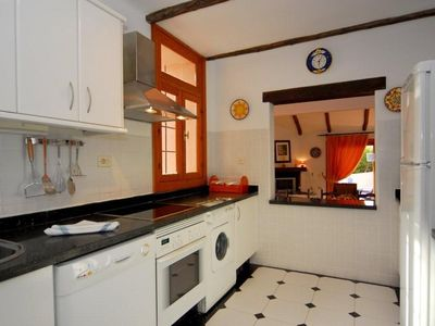 Las Higueras villa rental - Kitchen