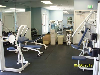 Free weights and nautilus equipment in same gym. Complimentary water and towels!