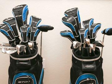 Brand-New Complimentary Golf Clubs for Guests' Use