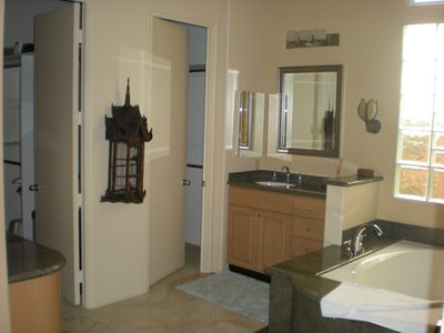 La Quinta house rental - Master bath