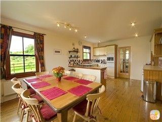 Fully equipped kitchen and dining area. Farmhouse