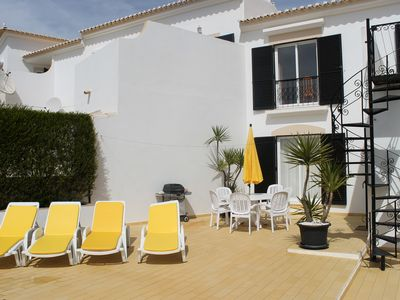Attractive Spacious House With Shared Pools ideal for quiet life and families