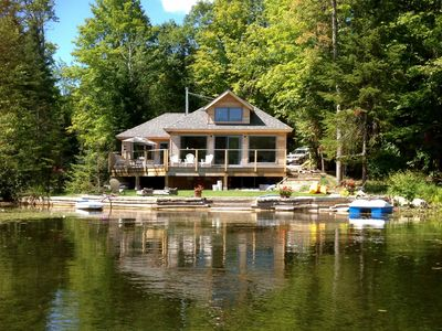 ARTY, BEAUTIFUL, BRAND NEW! ARCHITECT DESIGNED. ON THE LAKE, SAFE EASY ACCESS