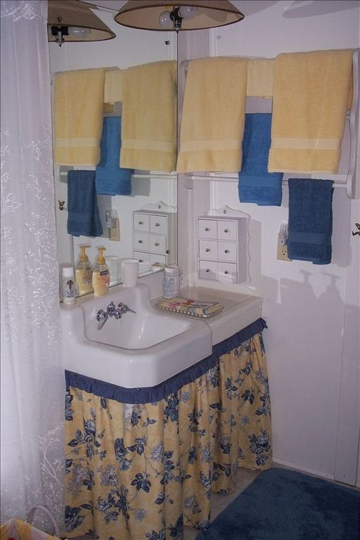 Bathroom attached to queen bedroom