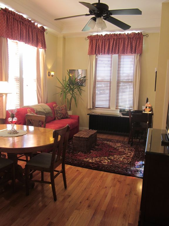1 Bedroom Apartment In Central West End Midtown Homeaway St Louis