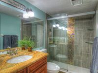 Gulf Front , Renovated 1BD Condo, Ideal for Small Families. 50% off to Aquarium