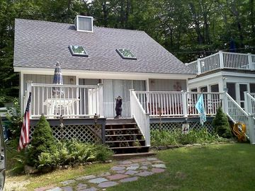 Frye Island cottage rental - Front of cottage