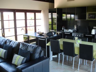 Middle Segura valley villa rental - Open plan living area