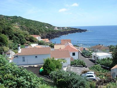 4 bedroom sleeps 2 / 11 150m quiet relaxing Atlantic Ocean Peak