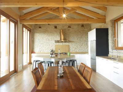 Luxuriously restored 17th Century Villa with Chef's Kitchen and WiFi and privacy
