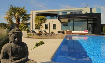 Luxury Villa with heated  pool, ocean views near the beach in Sanxenxo - Galicia