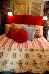 Old Town cottage photo - Queen Bed, flat scn TV, lrg. closet & window seat