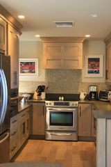 New Smyrna Beach house photo - This kitchen is a dream! 2 drawer Dishwasher, stainless steel appliances!